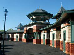 Kennywood Park front entrance