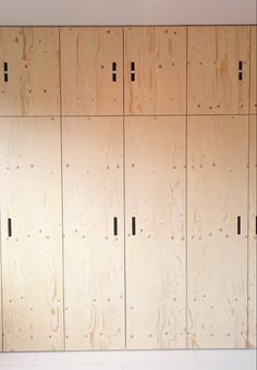 Plywood Interior, Flat Interior, Plywood Furniture, Interior Design, Bedroom Built In Wardrobe, Bedroom Closet Storage, Sofa Lounge, Pastel Bedroom, Basement House