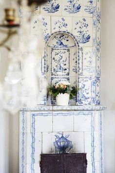 Blue and white tiling!  Love it! Adore this yummy