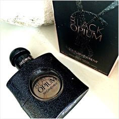 The most stunningly beautiful scent EVER! #review #bbloggers #ysl #perfume #blackopium #gorgeous #beauty #rosegold #love