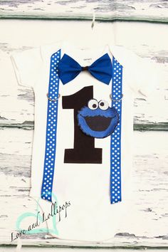 Cookie Monster Bow tie Suspenders Sesame Street Bow tie Suspenders set Boy Cake Smash Boy first year outfit Boy first birthday, Boy Second by LoveAndLollipopsBaby on Etsy https://www.etsy.com/listing/230787141/cookie-monster-bow-tie-suspenders-sesame
