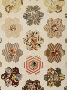 freshfarmhouse: Fresh Farmhouse V&A, 1797-1852 Quilt given by Margaret Huges