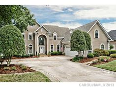 16027 Riverpointe Drive Charlotte NC 28273 waterfront estate on Lake Wylie! Main channel views! $1,000,000