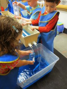 Tomsensori Blog Sensory Tubs, Sensory Activities, Craft Activities For Kids, Infant Activities, Preschool Ideas, Outdoor Activities, Teaching Ideas, Sand And Water Table, Water Tables