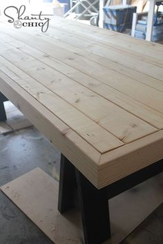 DIY Table Inspired by Pottery Barn - using a Kreg Jig