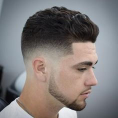 28 Low Skin Fade Haircut Ideas - Find Your Style Trendy Mens Haircuts, Popular Haircuts, Modern Haircuts, Hairstyles Haircuts, Cool Hairstyles, Men's Hairstyle, Wedding Hairstyles, Curly Haircuts, Fringe Hairstyles