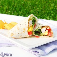 A delicious wrap with mango, spicy chicken and salad. #recipe #summer #wrap #picnic #lunch #mango #chicken #lettuce #tomato #dairy-free #Mexican #summer #4pure http://www.4pure.nl