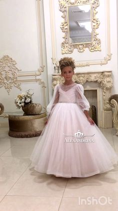 Blush Flower Girl Dresses, Little Girl Pageant Dresses, Girls Dresses, Baby Girl Birthday Dress, Birthday Dresses, Baby Dress, Denim Wedding Dresses, Tea Party Outfits, Trajes Kylie Jenner