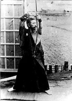 Awa Kenzo Sensei. top of Uchiokoshi - Raising up the bow.