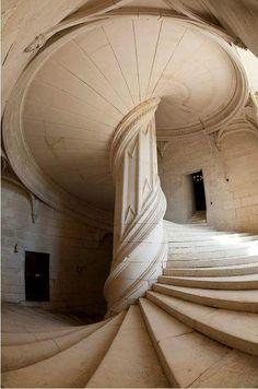 Leonard De Vinci en France - Château de Chambord, escalier en spirale