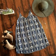 Easy, breezy, beauftiful…. daintyhooligan girl ;) http://www.daintyhooligan.com/collections/all-dresses/products/deep-sea-melody-dress-in-navy