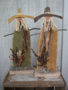 Country Primitive Wood Standing Scarecrow by LnMPrimitives on Etsy, $13.00