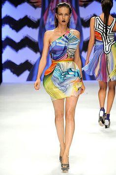 Basso & Brooke Spring 2010 Ready-to-Wear Collection - Vogue Fashion Show, Fashion Design, Colorful Fashion, Modern Luxury, Peplum Dress, Branding Design, Ready To Wear, Runway, Vogue