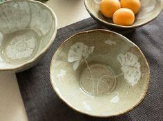 made by PAN Gongjakso 양귀비와 물고기 대접 poppy & fish bowl designize@gmail.com