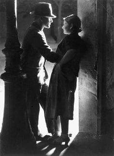 Brassaï, Lovers, rue Croulebarbe, near Place d'Italie, 1932