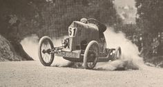 The original drifter. cycle-car being drifted around a dirt corner. Old Race Cars, Pedal Cars, Vintage Race Car, Vintage Auto, Car Prints, Cool Car Pictures, Death Race, Bike Engine, Classic Race Cars