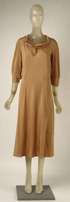 Afternoon dress  Madeleine Vionnet (French, Chilleurs-aux-Bois 1876–1975 Paris)  Date: 1931–32 Culture: French Medium: silk