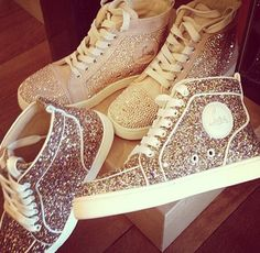 Cutest shoes everr.<3