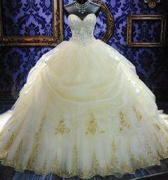 Royal Puffy White Sweetheart Lace-up Long Court Train Lace Bridal Wedding Dress (So elegant!)