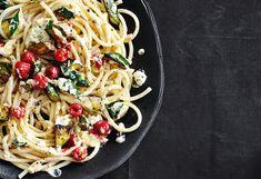 Pasta mit Zucchini, Ricotta und Himbeeren