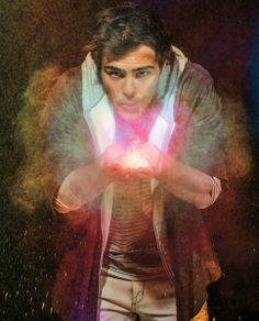 Peter Lanzani #Argentinian Daimon Salvatore, Series Movies, Fangirl, Handsome, Teen, Celebrities, Pretty, Painting, Wallpapers
