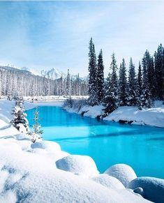 Have you visited Banff in winter? There's lots to do from skiing to snowshoeing … – All Pictures Winter Pictures, Nature Pictures, Beautiful Pictures, Beautiful Beach, Beautiful Life, Beautiful Things, Winter Photography, Landscape Photography, Nature Photography