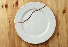 ¿Se rompen los platos una y otra vez, sin razón aparente?. Aprende el significado de los objetos rotos en casa, y comprende lo que la mente y el alma quieren hacerte saber.