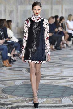 Giambattista Valli Fall 2017 Couture Collection - Fashion Unfiltered