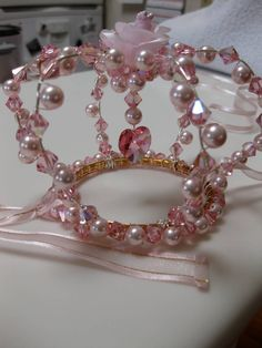 hours of work lots of crystals lots of pearls Lots of wire hime lolita crown Wire Crown, Diy Hair Accessories, Wire Crafts, Tiaras And Crowns, Lolita Fashion, Hair Jewelry, Diy Hairstyles, Hair Bows, Headbands