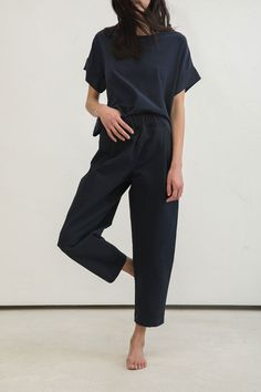 Minimal chic 416934878007850051 - Andy Trouser in Cotton Canvas – Elizabeth Suzann… Source by fashion Source by krclaireme Minimal Chic, Minimal Fashion, Minimal Classic, Minimalist Fashion Summer, Minimal Look, Minimalist Dresses, Minimalist Wardrobe, Look Fashion, Fashion Outfits