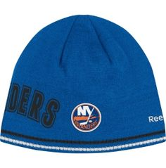 Reebok Men s New York Islanders Reversible Center Ice Collection Player Knit  Hat de28cfc1747e