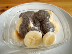 Nyers mákos guba Guam, Raw Food Recipes, Pudding, Poppy, Desserts, Tailgate Desserts, Deserts, Raw Recipes, Custard Pudding