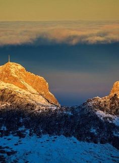 Giewont and the upcoming change in the weather. Poland