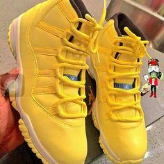 huge selection of cb3ad d7da2 F O L L O W M E  tanashackleford Nike Shoes, Jordans Sneakers, Shoes  Sneakers, Ladies Sneakers, Air