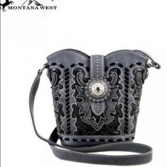 Real leather & silver concho handbag Real leather & silver concho handbagGorgeous for any occasion Montana West Bags Crossbody Bags
