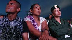 En un resultado sorprendente, los votantes colombianos rechazaron este domingo 2 de octubre de 2016 el acuerdo alcanzado por el gobierno con la guerrilla de las Fuerzas Armadas Revolucionarias de C…