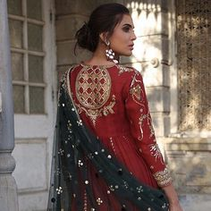Master crafted in age old techniques using modern day sensibilities. Pakistani Wedding Outfits, Bridal Outfits, Pakistani Dresses, Indian Dresses, Indian Outfits, Indian Designer Outfits, Designer Dresses, Indian Attire, Indian Wear