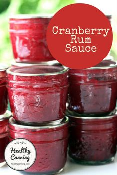 Cranberry Rum Sauce - Healthy Canning Yield: 8 x quarter-litre jars (half-pint / 250 ml / 8 oz / 1 cup) Canning Cranberry Sauce, Cranberry Jam, Cranberry Recipes, Holiday Recipes, Jam Recipes, Canning Recipes, Sauce Recipes, Canning Tips, Sweets