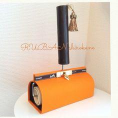 リボンを使ってコロコロケース♪ #カルトナージュ #リボン #コロコロケース #手作り #掃除道具  #cartonnage #craft #handmade #orange #エルメスオレンジ #プレゼント