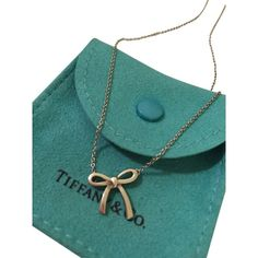 "Pre-owned Mini Bow Pendant Necklace (sterling Silver 16"") ($118) ❤ liked on Polyvore featuring jewelry, necklaces, accessories, silver, bow necklace, chain necklaces, sterling silver collar necklace, tiffany co necklace and bow pendant necklace"