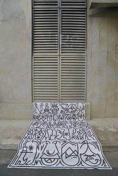 Blog da Revestir.com: Arte sob os pés DaTabriz Collection,  tapetes orientais modernos e clássicos, em parceria com o ilustrador, artista gráfico e plástico Biofa,  em homenagem à cidade de São Paulo,  inspirada na densidade dos arranha-céus e na coloração cinza dos asfaltos, nuvens e paredes da metrópole