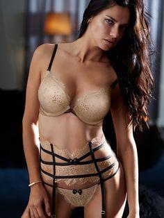 Kate moss topless jamaica