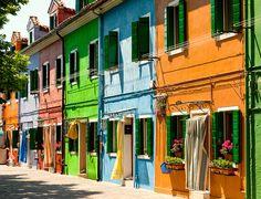 Colores de Burano by Sergio Lora, via Flickr