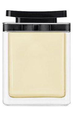 favorite spring fragrance: marc jacobs woman #perfume
