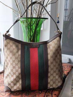 7d03fc40128e Plateforme de ventes aux enchères en ligne Catawiki   Gucci Sac à main