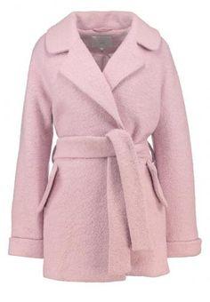 Zalando SE - ICHI SARVI Classic coat rose smoke - https://clickmylook.com/product/ichi-sarvi-classic-coat-rose-smoke/5923906