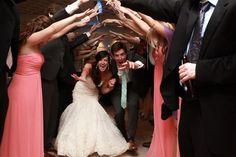 dancing-diy-chesapeake-bay-maryland-wedding-Leslie-Koehn-Photography.jpg-2
