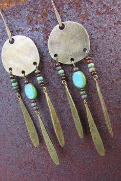 Boucles d'oreilles en métal couleur bronze par LaCaravaneTzigane