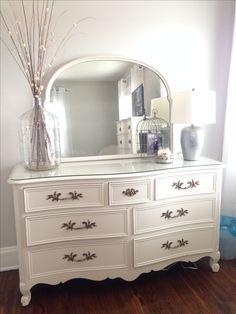 Painted Dresser Fusion Mineral Paint Color: Champlain