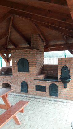 Backyard Kitchen, Fire Pit Backyard, Outdoor Kitchen Design, Backyard Bbq, Rustic Kitchen, Outdoor Oven, Outdoor Cooking, Rustic Outdoor Fireplaces, Brick Bbq